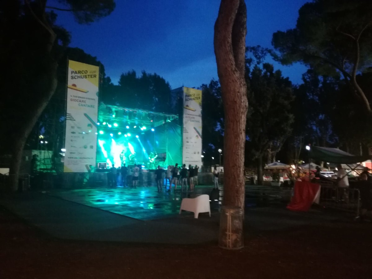 parco schuster Parco Schuster WhatsApp Image 2018 08 06 at 12