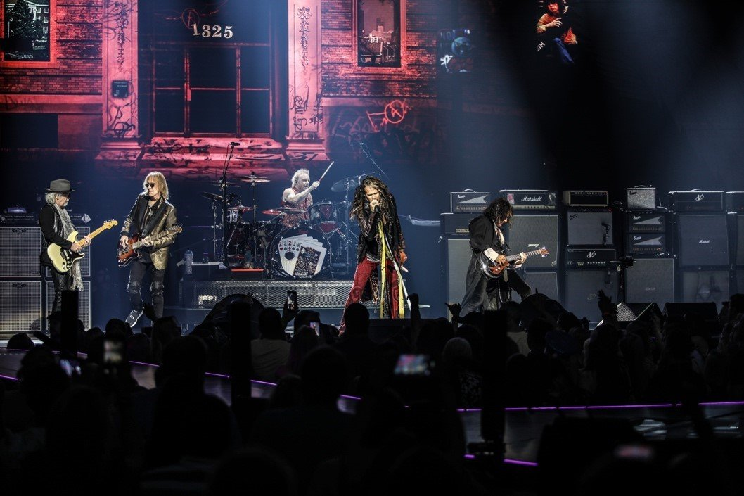 Aerosmith Live - Ph.ZACK WHITFORD  Aerosmith Live ZACK WHITFORD