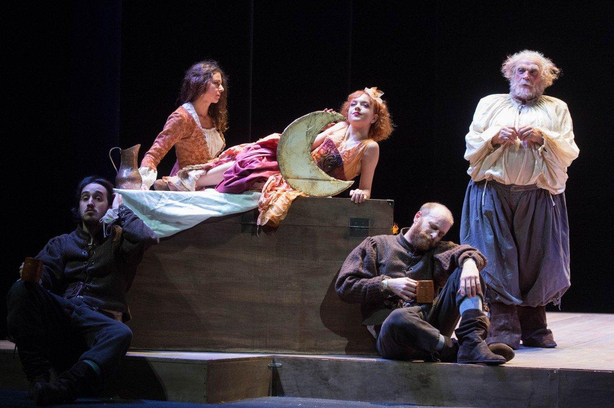 """Antonio Calenda in""""Falstaff e il suo servo"""" falstaff Antonio Calenda in""""Falstaff e il suo servo"""" 6Falstaff Tommaso Le Pera"""