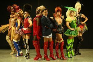 Kinky Boots kinky boots Kinky Boots kinki scena Copia 300x200
