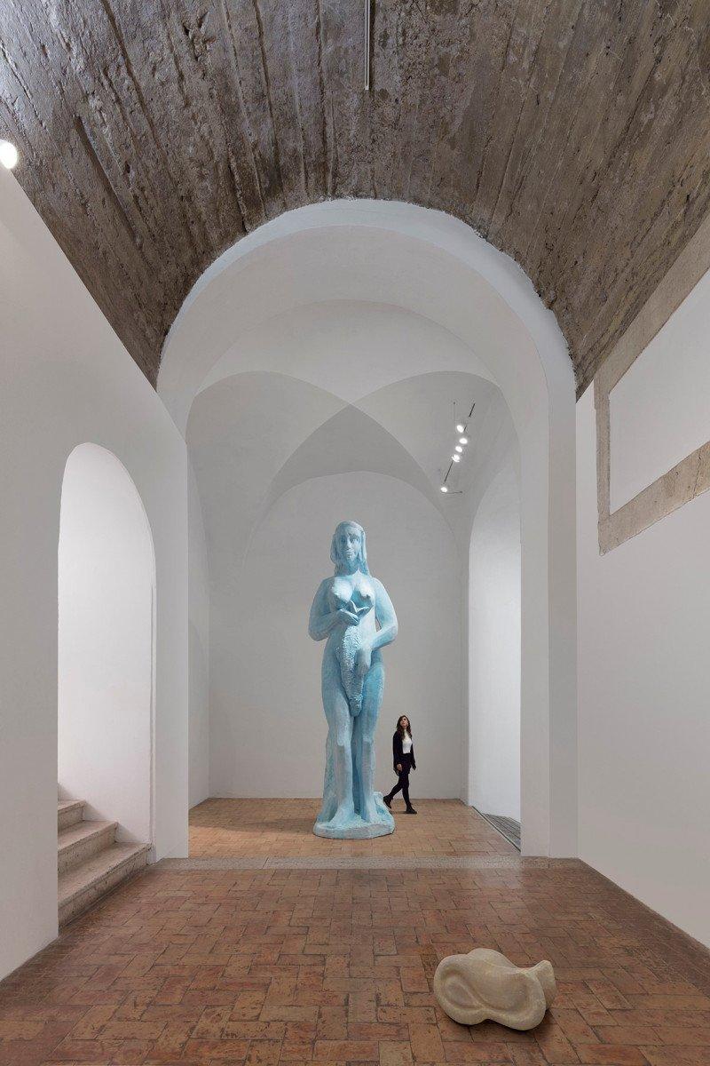 Da oggi torna pubblica la mostra di Johan Creten
